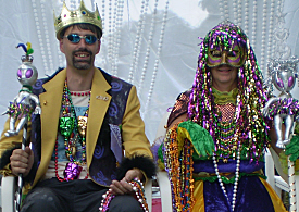 Looking every inch the royal pair were Mardi Croix King and Queen Larry Barr and Pat Dawson.