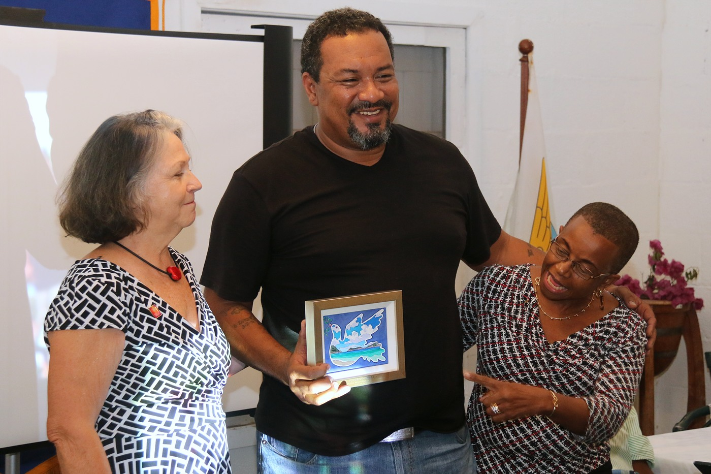 LaVelle Campbell accepts first Rotary Practice Peace Award