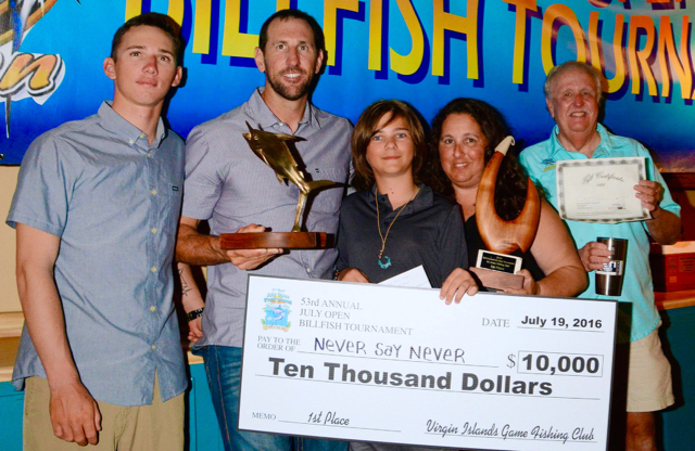From left, the team aboard Top Boat, Never Say Never, Travis Morrison, Ken Hinsly, Top Angler Zac Murck, Melissa Murck and Capt. Eddie Herbert, display their awards. (Dean Barnes photo)