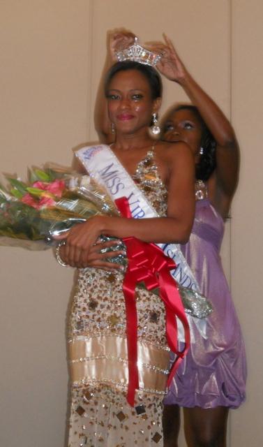 Aniska Tonge is crowned Miss Virgin Islands.