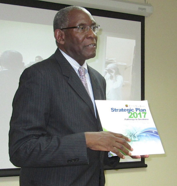 UVI President David Hall