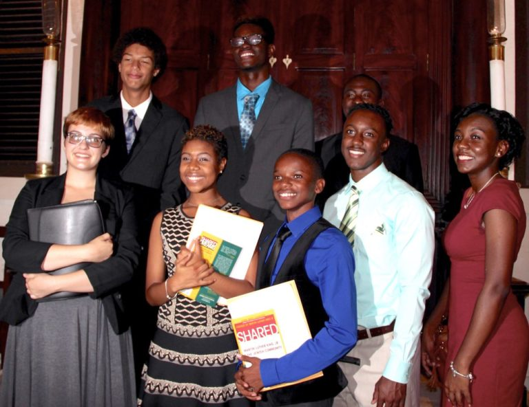 Hebrew Congregation Honors Students with MLK Service Award