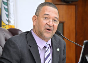 Sen. Jean Forde that when the Legislature was established with 11 members, the V.I. population was less than 30,000. He said it would be 'ludicrous' to return to that level now that the territory's population is 106,000. (V.I. Legislature photo by Barry Leerdam)