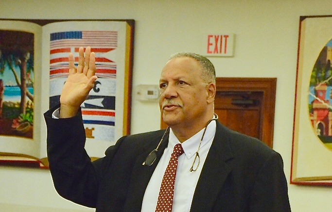 Kent Bernier is sworn in Friday to testify before the Senate Committee on Rules and Judiciary. (V.I. Legislature photo)