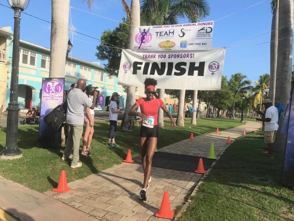 Mikeala Smith, 17, place third. (Elisa McKay photo)