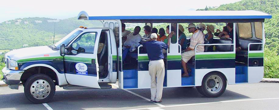 A safari equipped with five bench seats is loaded with several passengers. (Facebook photo)