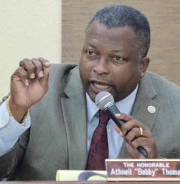 Sen Athneil 'Bobby Thomas (Photo by Barry Leerdam for the V.I. Legislature)