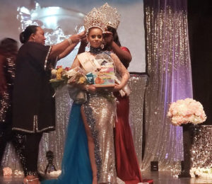 Izhani Rosa is crowned queen of the Crucian Christmas Festival. (Source photo by Melody Rames)