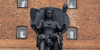 Crowdfunding Campaign Aims to Make a Bronze  of 'I Am Queen Mary'